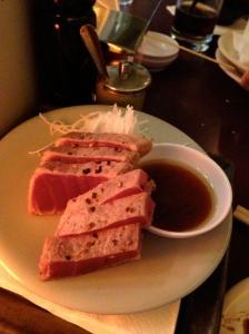 seared tuna at Lo Sushi